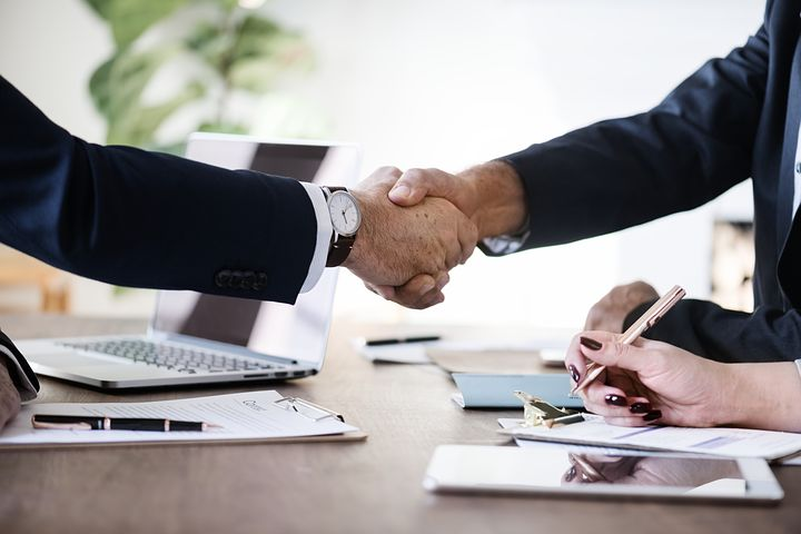 contract negotiation attorney